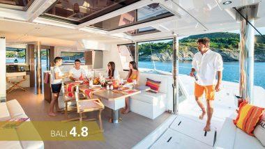 Salottino di Poppa Catamarano Bali 4.8